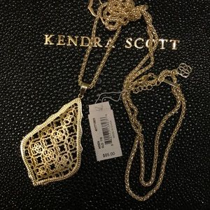 Kendra Scott Aiden necklace gold